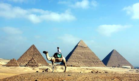 EGYPT PYRAMIDS CAMEL PATROL